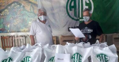ATE Corrientes entrega kits escolares gratuitos para hijos/as de sus afiliados/as
