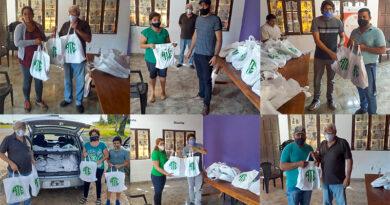 ATE entregó kits escolares en Villa Olivari, Ituzaingó, San Carlos y Santo Tomé